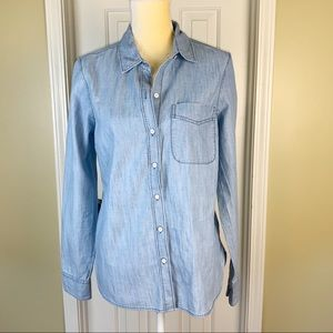 Old Navy Classic Light Wash Chambray Button Up